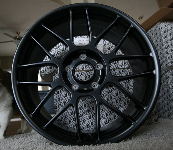APEX ARC-8 Wheels