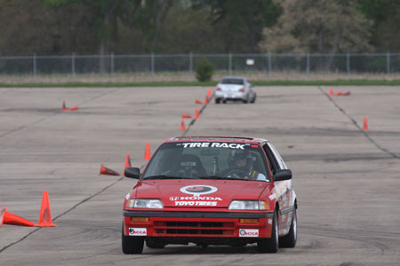 Patrick Washburn battles James Wilson in the Lincoln ProSolo Super Challenge