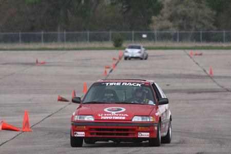 Patrick Washburn battles James Wilson in the Lincoln ProSolo Super Challenge