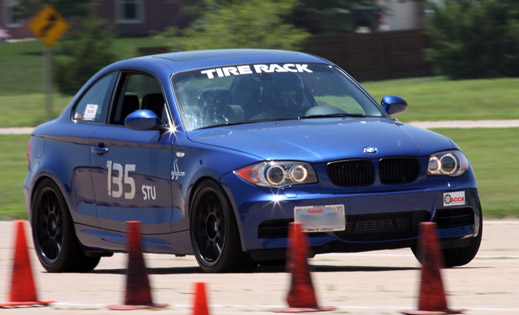 2008 BMW 135i tackles the course on Sat. at the 2010 SCCA Salina MiDiv